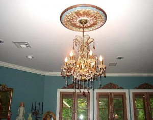 chandelier-hung-in-ceiling